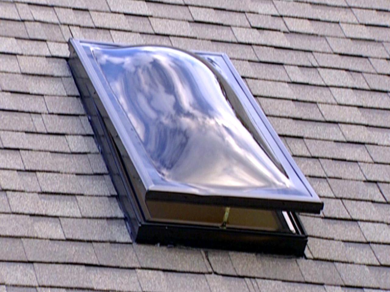 Skylight letting a draft in common issues fixed by leeds for How to clean velux skylights